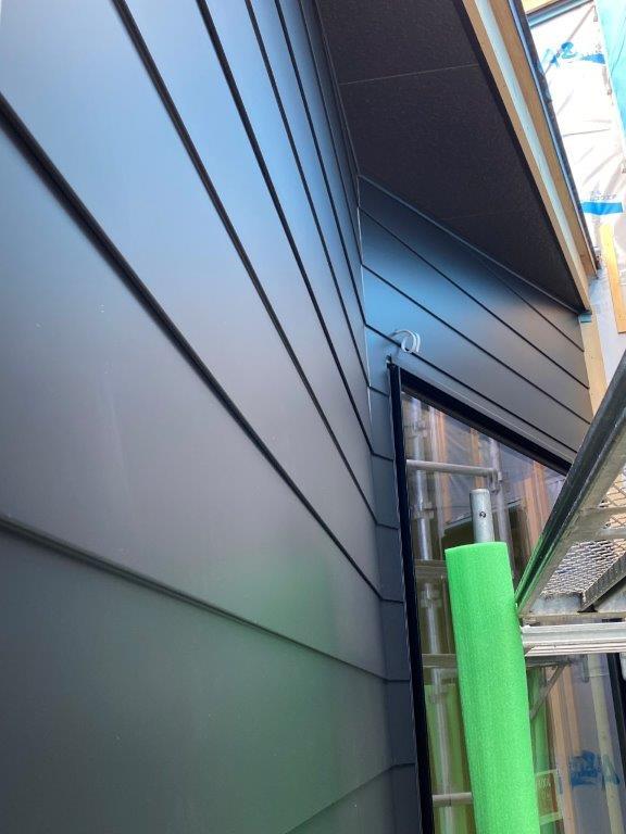 アイジー工業の『SF-ビレクト』の施工写真(黒)